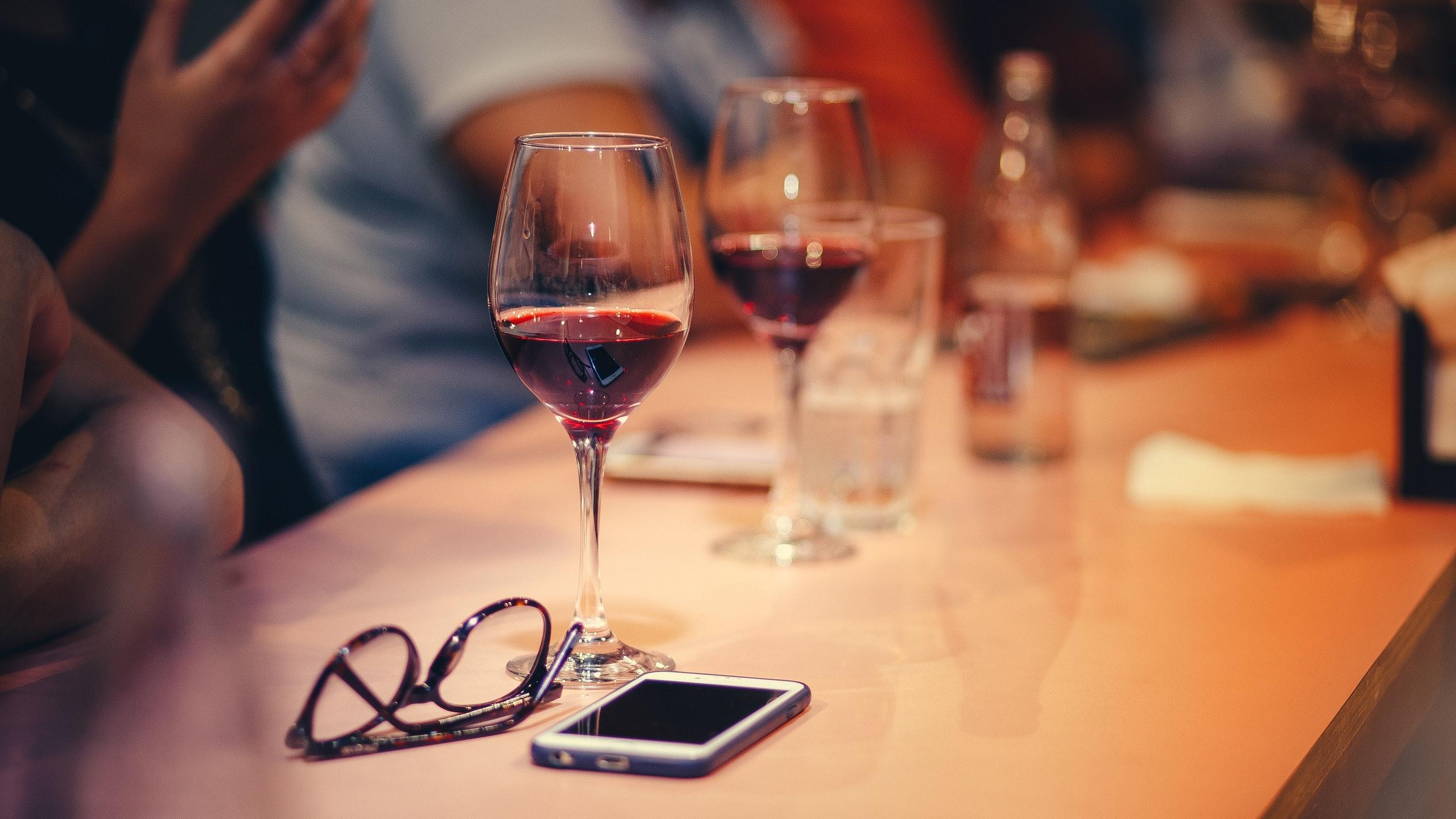 vino millennials a la baja