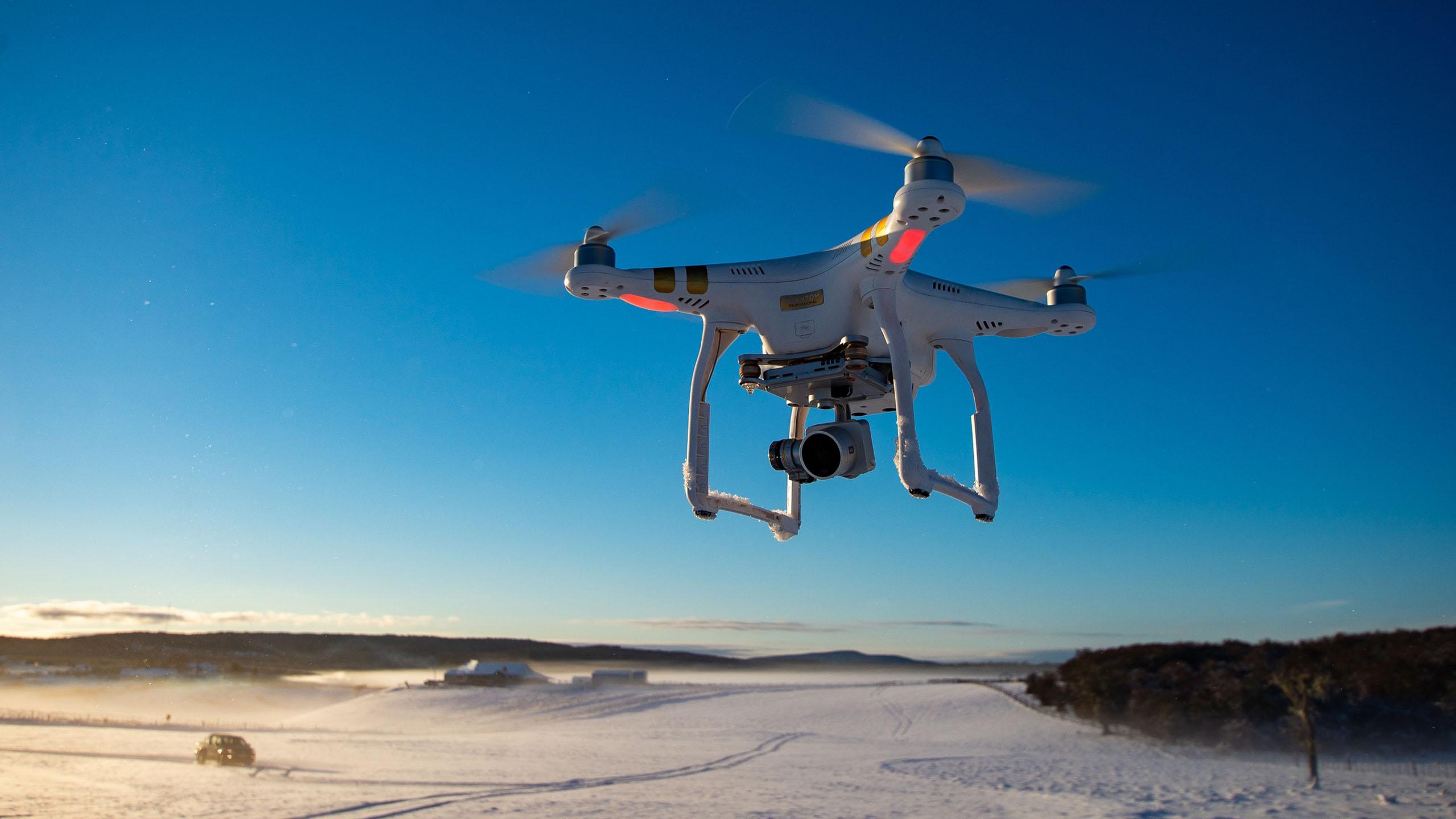 IBM patenta dron que lleva café