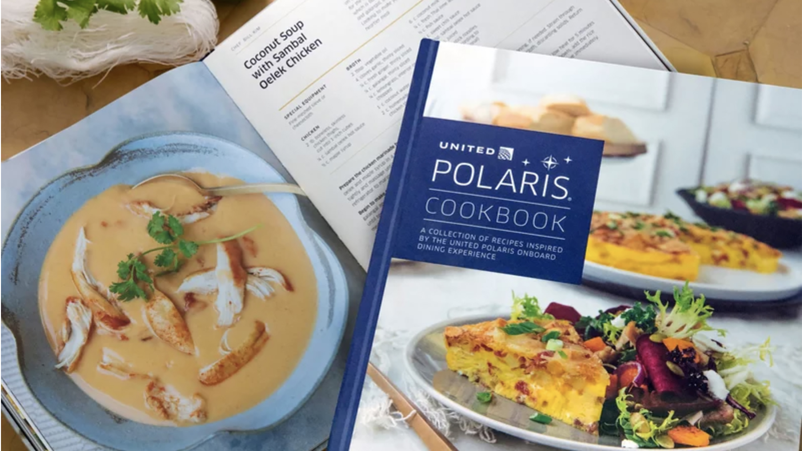 United Airlines lanzó un libro de cocina de comidas a bordo