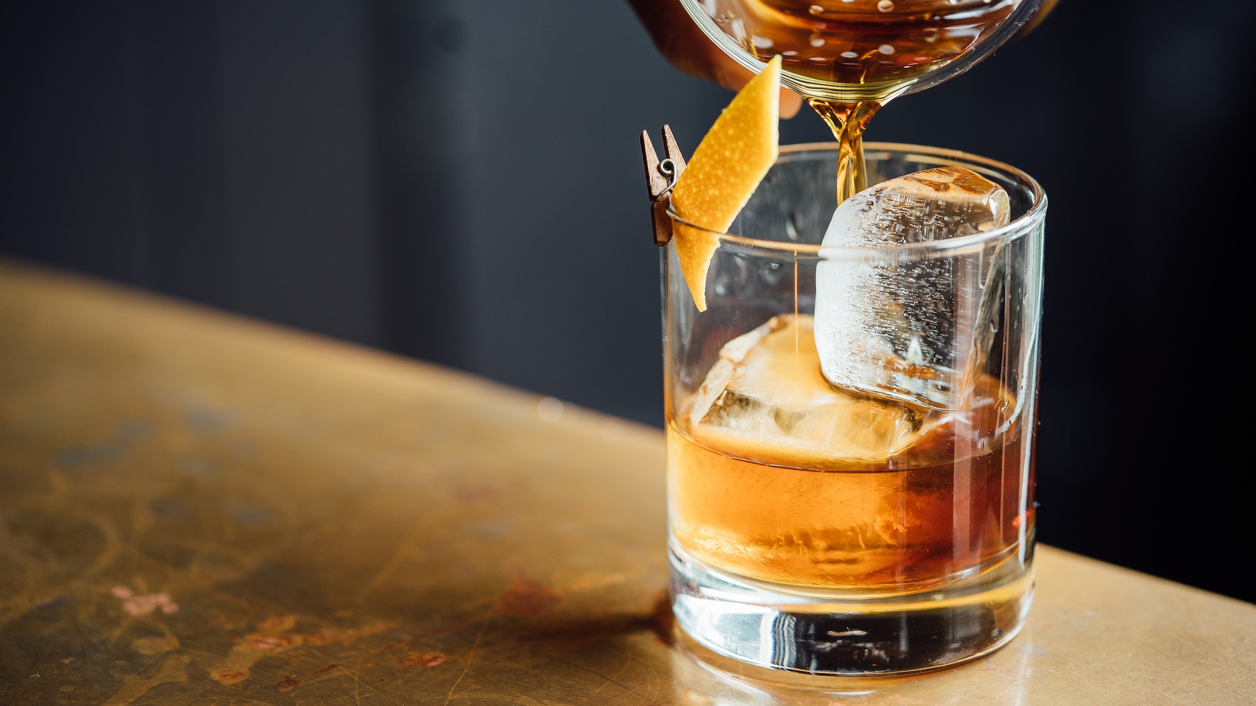 Inteligencia artificial crea whiskey