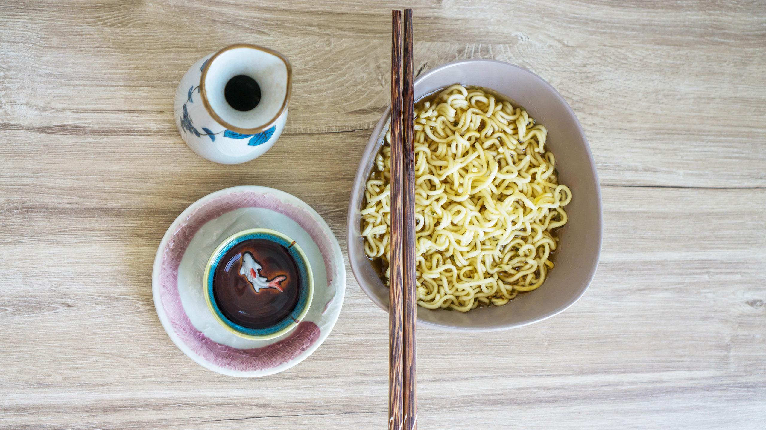 noodle soup, sopa instantánea