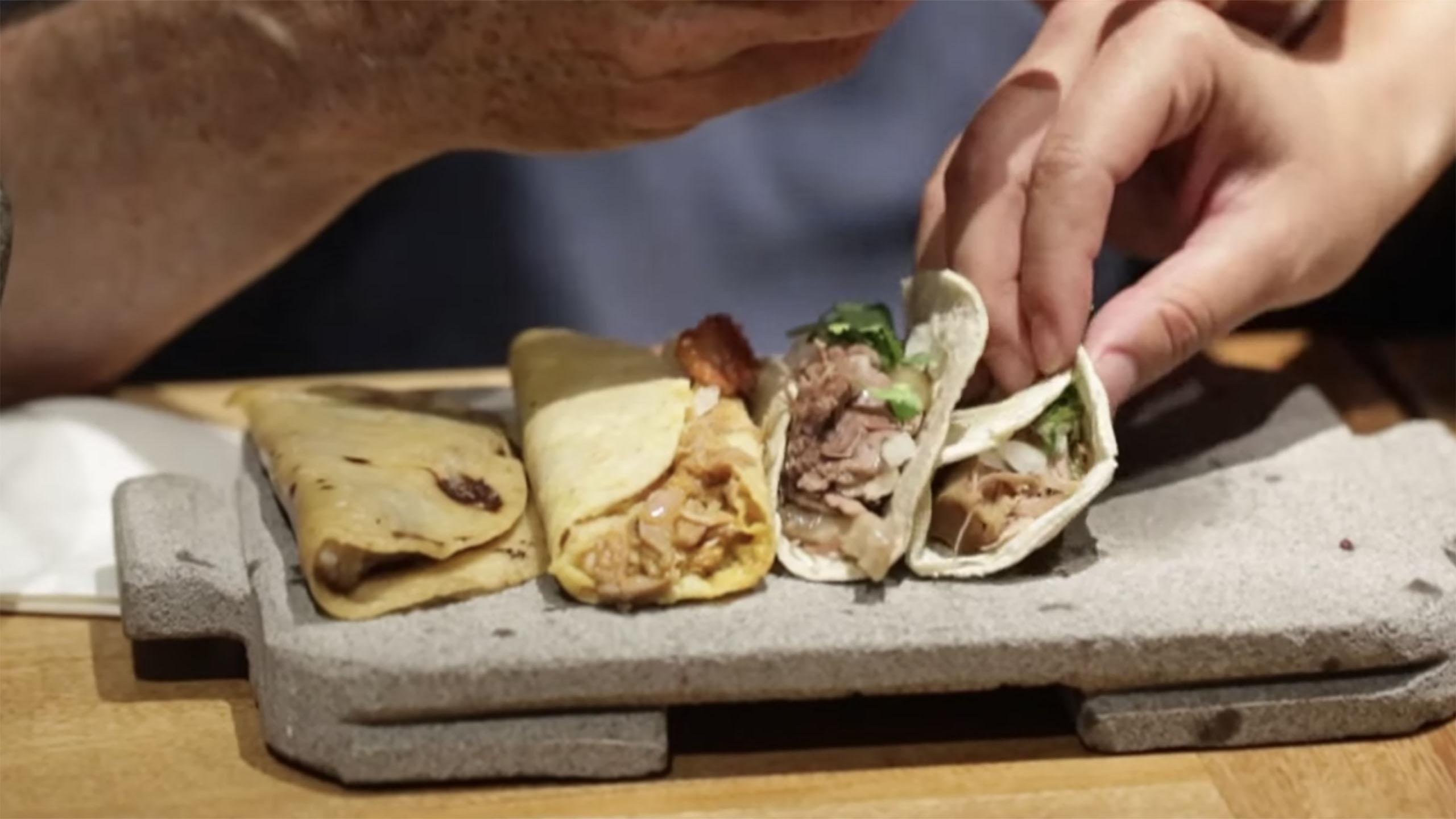 tacos, tacos en México, taco de carnitas