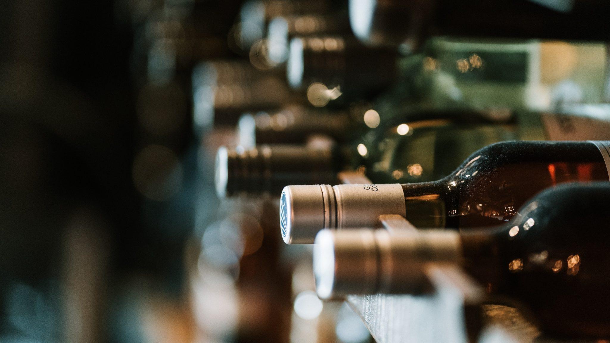 como evitar regalar vino