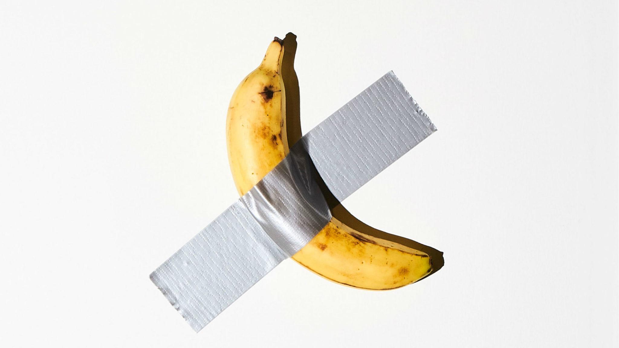 Resultado de imagen de platano pegado con cinta