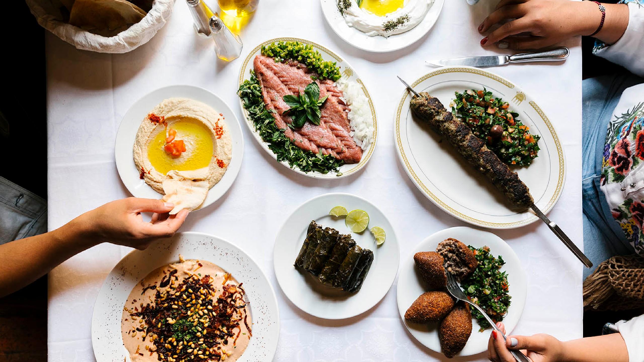 alandalus, comida libanesa, falafel, hummus