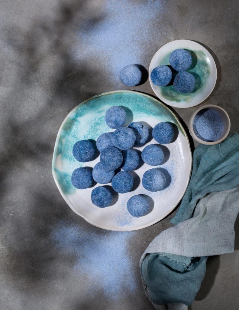 pantone classic blue recetas
