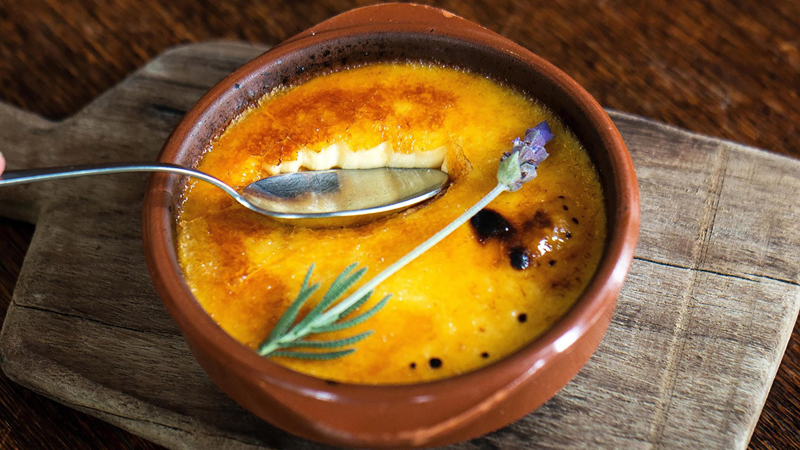 crème brûlée, postre, Mónica Patiño