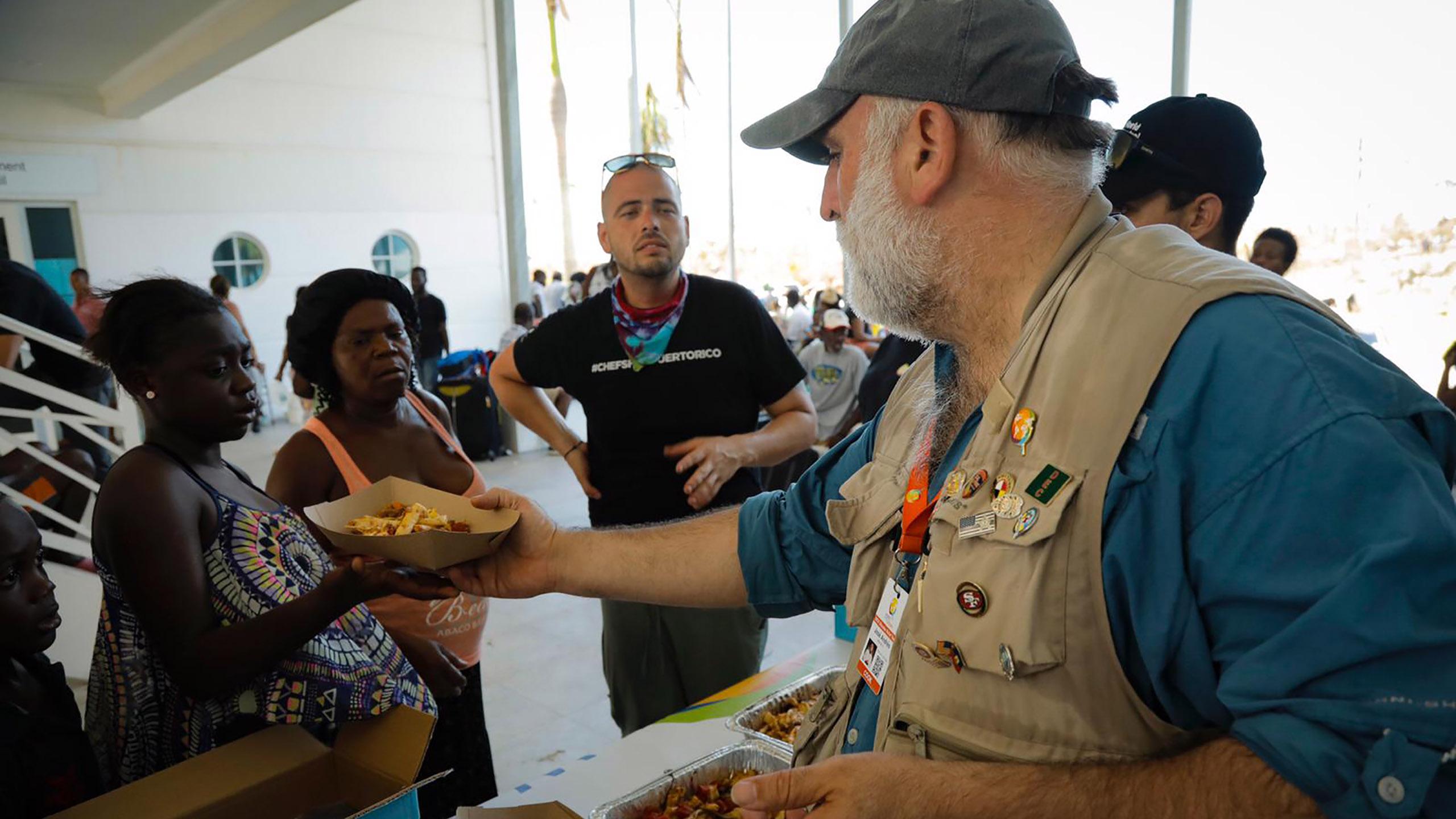 comidas solidarias en tiempos de coronavirus, World Central Kitchen, José Andrés