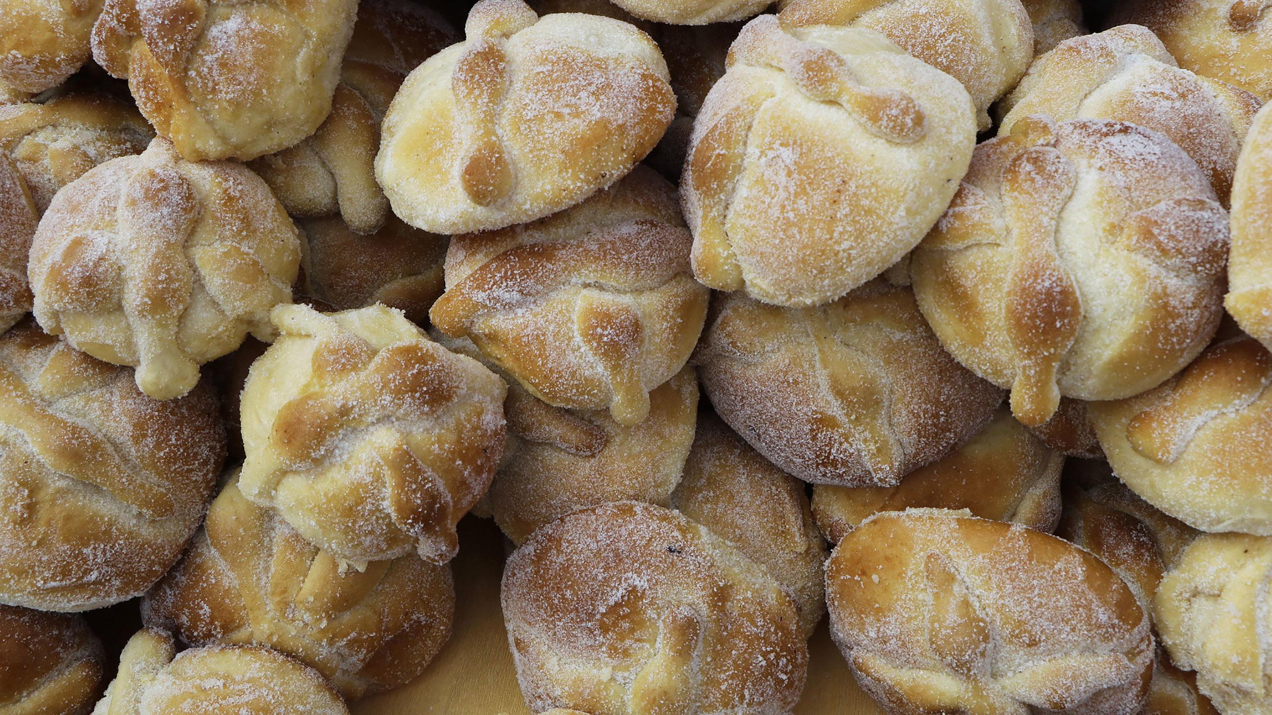pan de muerto, pan, pan dulce,