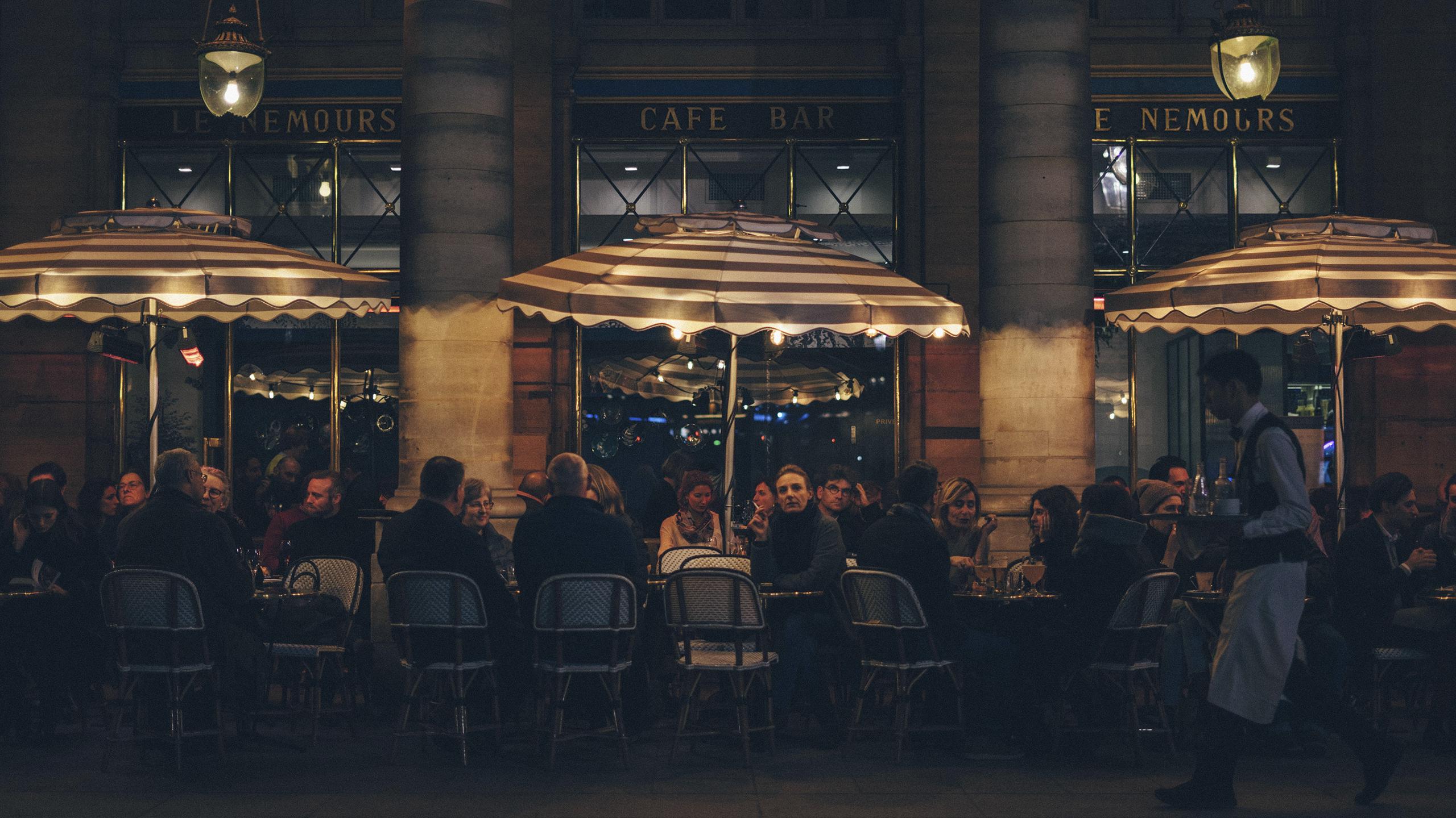 restaurantes-abren-más-tarde