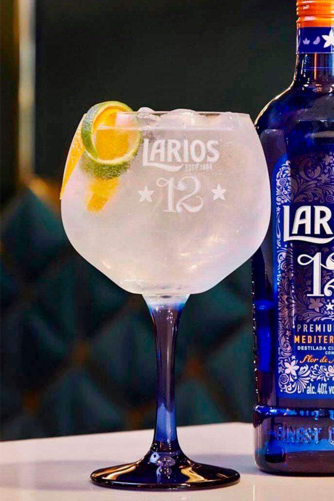 Larios 12 gin&tonic día de muertos