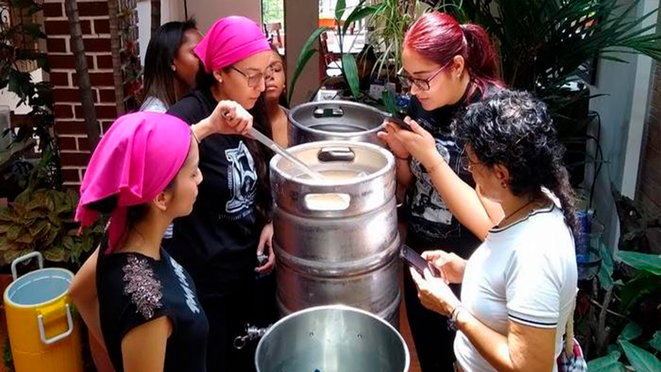 mujeres_cerveceras
