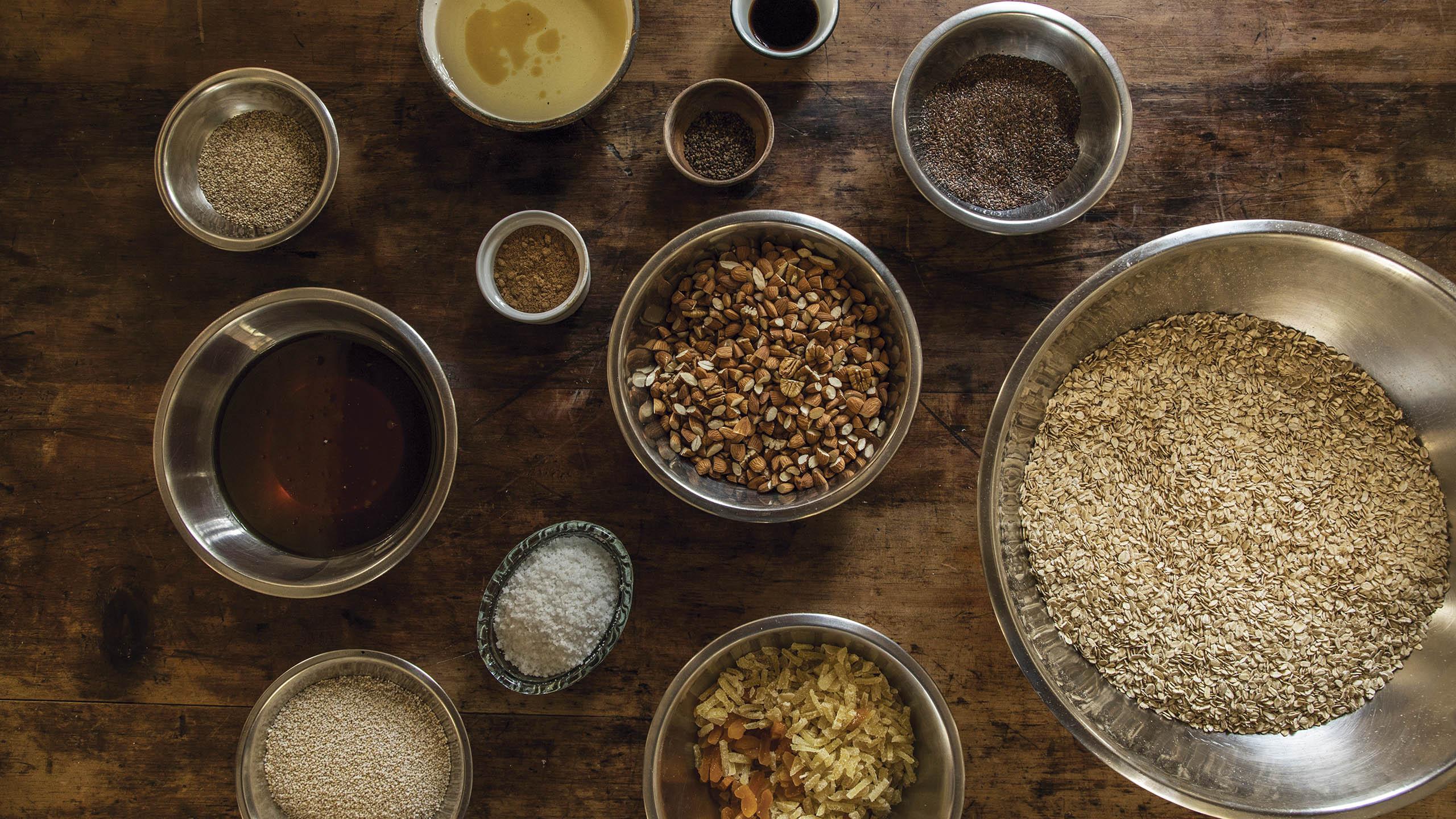 granola, aventa, miel, aceite de coco, almendras