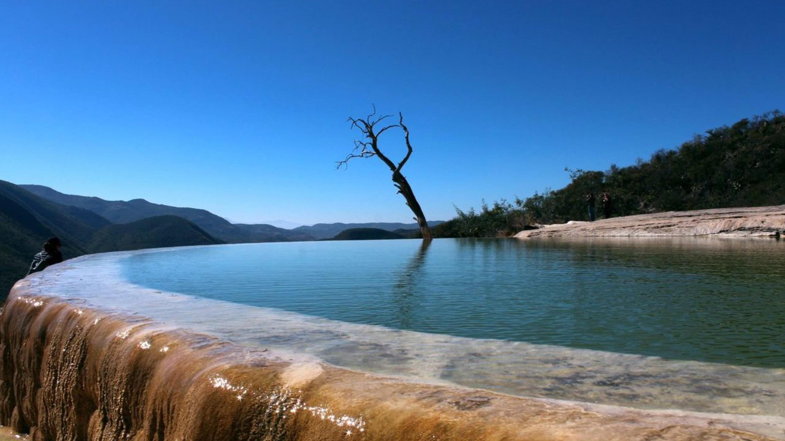 hierve-el-agua-oaxaca