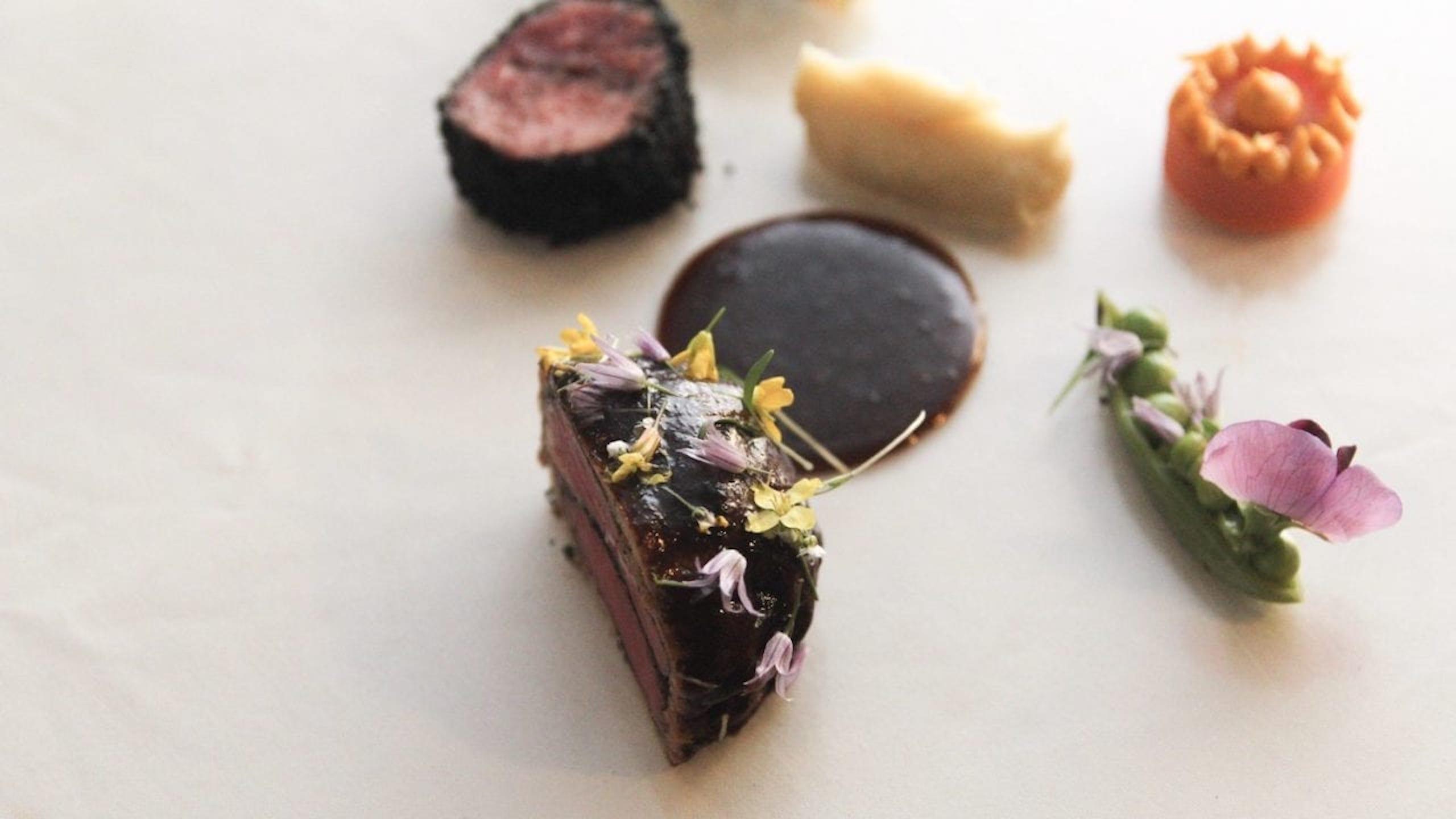 Tecate-Amores-restaurante--1280x720