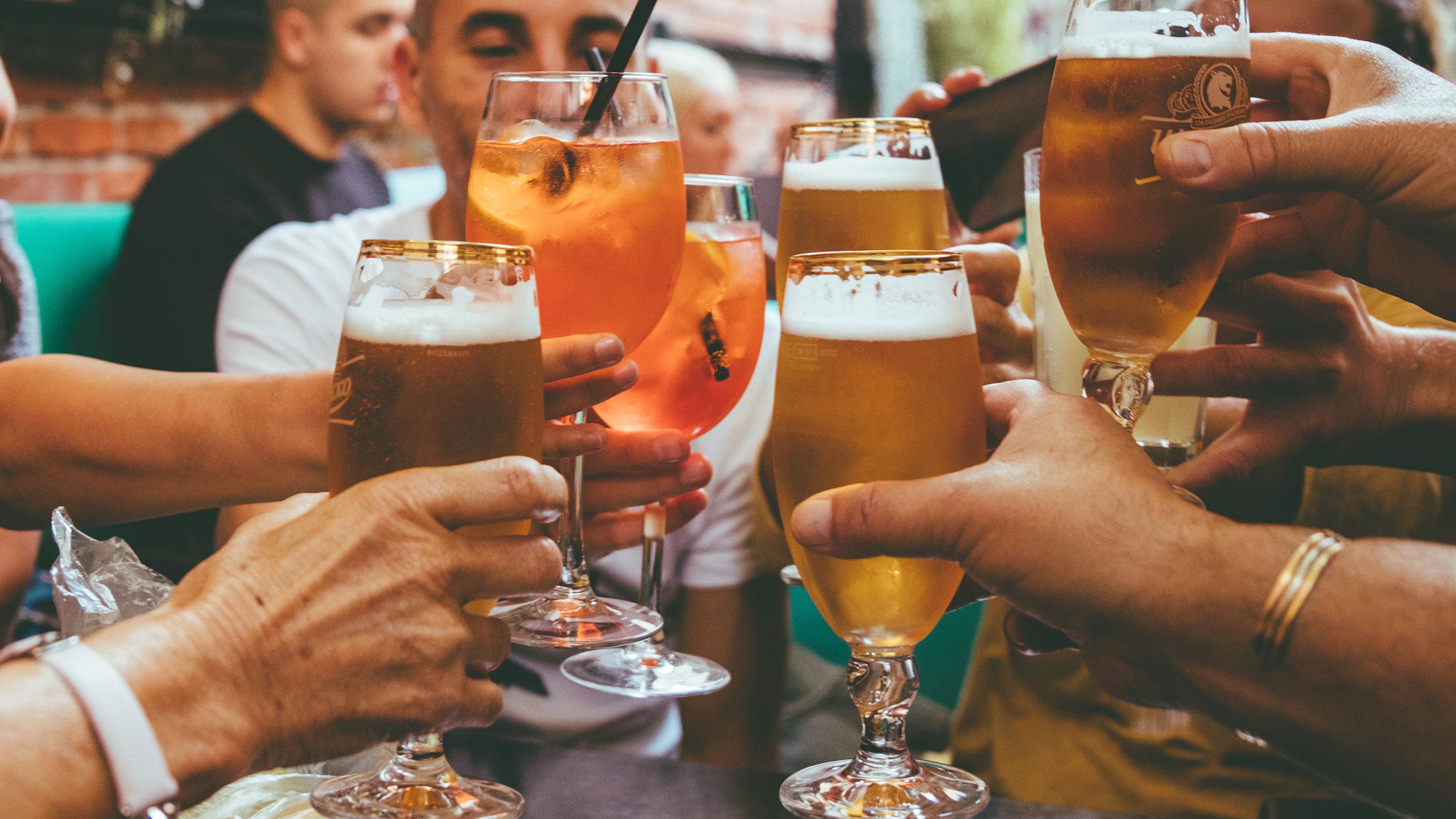 tomar-alcohol-vacuna-covid19