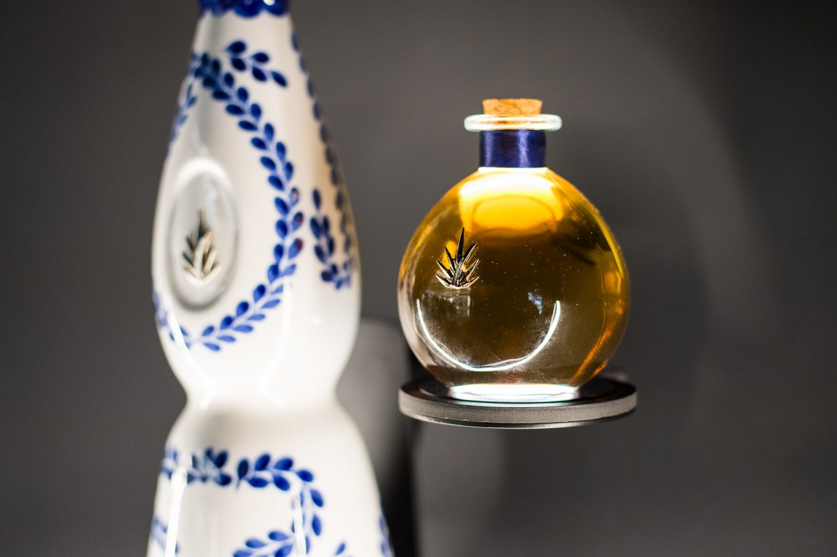 Pop Up tequila clase azul