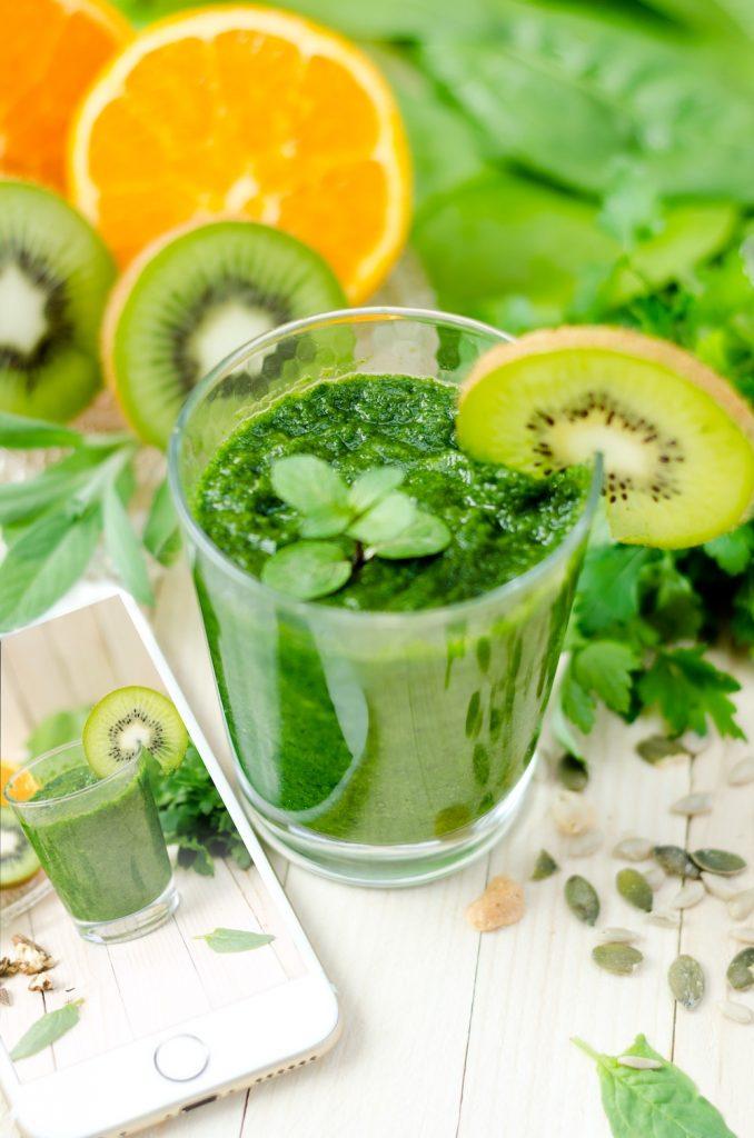jugo de kiwi-colon irritable