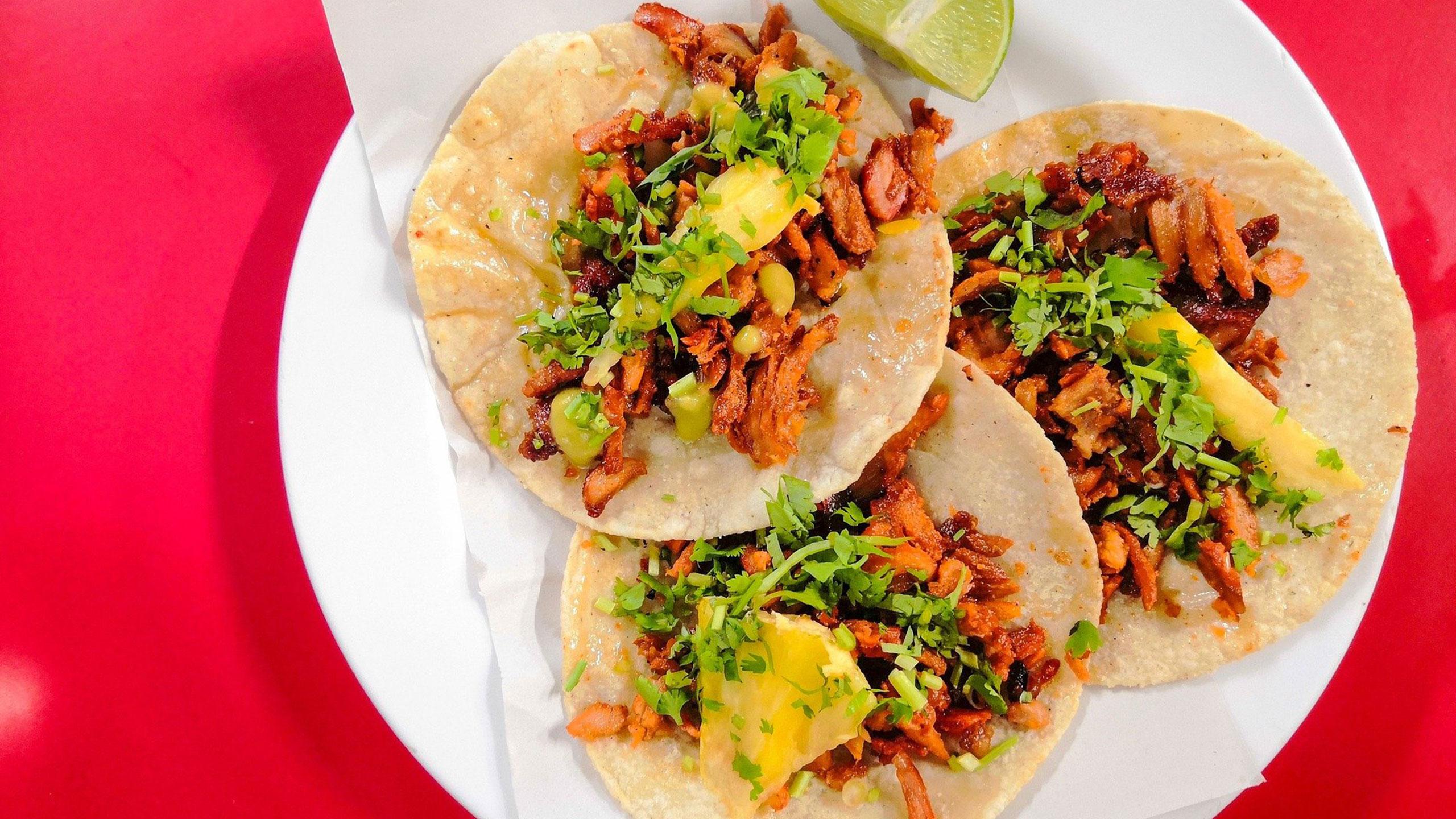 trompo-tacos-al-pastor